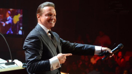 Luis Miguel resume su carrera con un video en Facebook