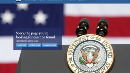 La Casa Blanca explicó por qué desapareció el español de su web