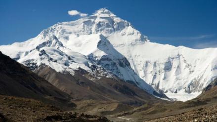 La India quiere medir nuevamente el monte Everest