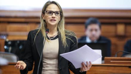 """Luciana León: """"Tenemos que respetar presunción de inocencia de Enrique Cornejo"""""""