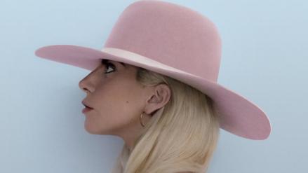 Super Bowl: Lady Gaga quiere cantar en el techo del estadio