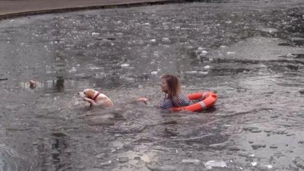 Adolescente se lanza a un lago congelado para rescatar a su mascota