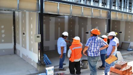 Piura: detienen a 50 integrantes de construcción civil en Paita