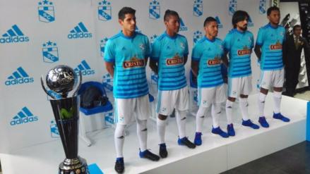 Sporting Cristal presentó su camiseta para la temporada 2017