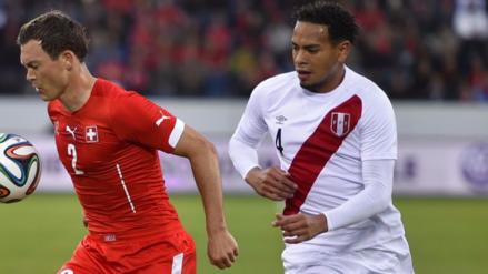 Alexander Callens jugará en el equipo de Andrea Pirlo