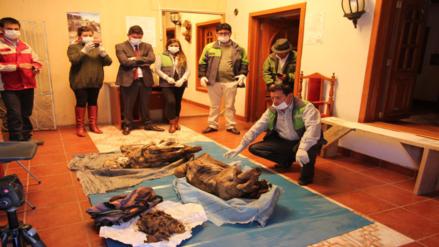 Hallan dos momias prehispánicas abandonadas en Haquira