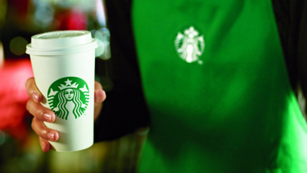 Starbucks contratará en todo el mundo a 10 mil refugiados