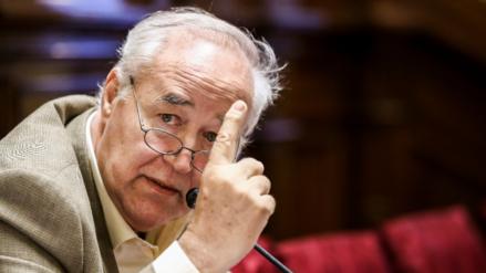 """García Belaunde: """"No se puede dar la concesión de Chinchero a una empresa insolvente"""""""