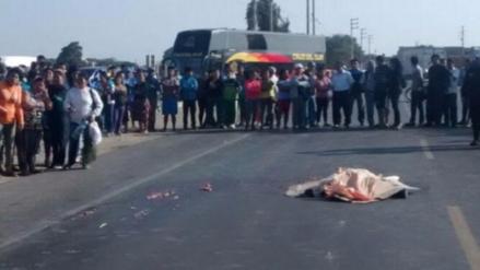 Accidente entre combi y mototaxi deja un muerto en Jayanca
