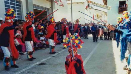 Declaran Patrimonio Cultural de la Nación a la danza Tuy Tuy