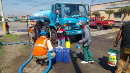 Cisternas no se abastecen para atender a 800 mil personas sin agua