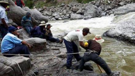 Hallan cuerpo de joven que desapareció en el río Apurímac