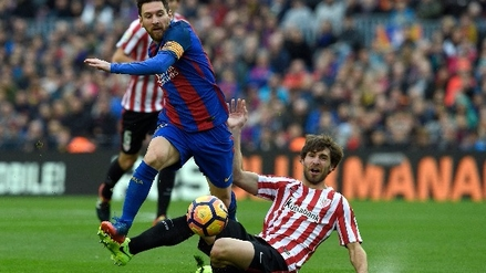Barcelona goleó al Athletic Club y se puso a un punto del Real Madrid