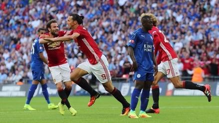Zlatan Ibrahimovic anotó en la goleada de Manchester sobre Leicester