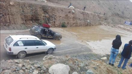 Huaico interrumpe vía que une Huaral con la región Pasco