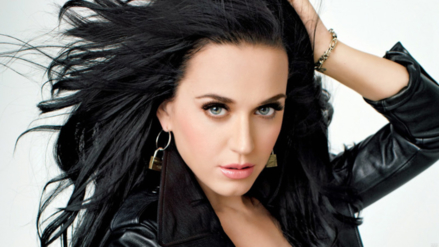 Katy Perry estrena look y confirma que estará en los Grammy