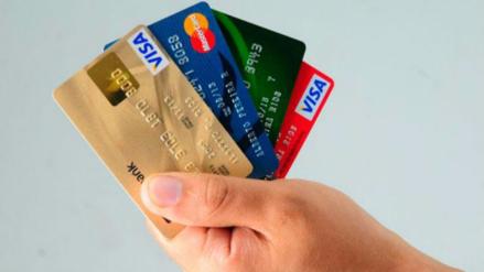 Conoce cómo puedes reducir la tasa de interés de tus tarjetas
