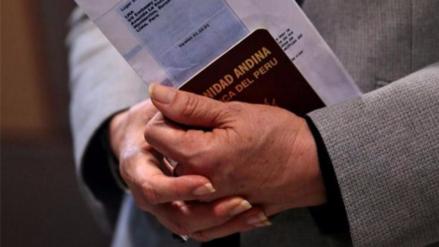Embajada niega que peruanos puedan viajar a los EE.UU. sin visa