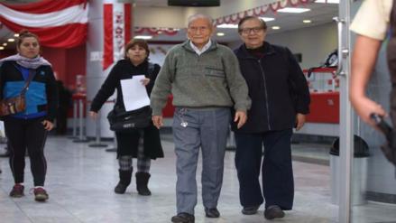 Banco de la Nación amplió horario de atención a pensionistas hasta mañana