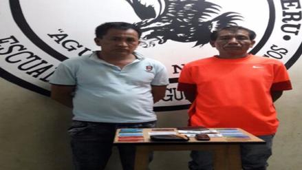 Policía detiene a sujetos que se dedicaban al cambiazo de tarjetas