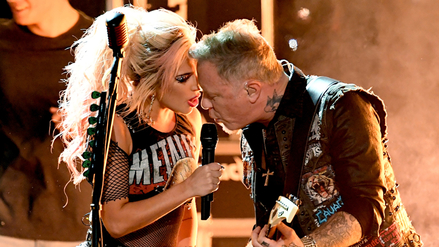Micrófono falla durante show de Metallica y Lady Gaga en los Grammy