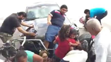 Conductor arrolló a 12 personas durante una exhibición de autos