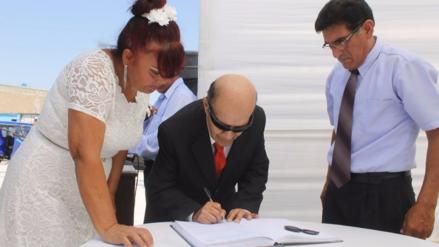 En distrito victoriano programan matrimonios masivos por San Valentín