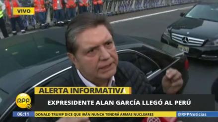 Alan García regresó al Perú para acudir a citación fiscal