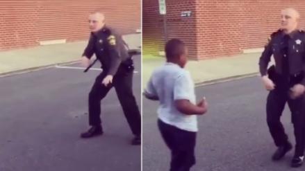 Baile entre policía y adolescente es viral en Facebook
