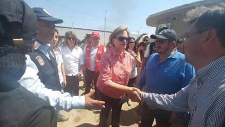 Primera dama llegó a Lambayeque para otorgar ayuda a damnificados