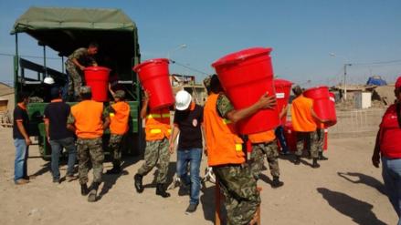Soldados realizan importante labor para apoyar a damnificados por lluvias