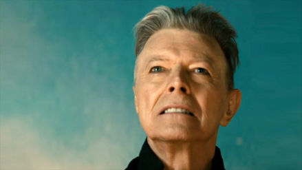 David Bowie gana el premio a mejor artista del año en los Brit Awards