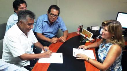 MPCh firma convenio con Ministerio de Vivienda para obra de pavimentación