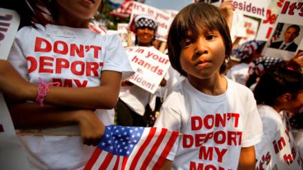Un 47 % de los hispanos en EE.UU. teme su deportación o la de un allegado