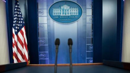 El polémico veto a CNN, NY Times y Buzzfeed en sesión en la Casa Blanca