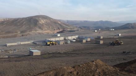 Desalojan 60 viviendas de Uchumayo que ocupaban terreno del gobierno regional