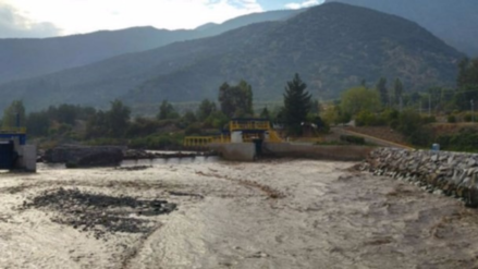 Lluvias torrenciales dejan a más de un millón de casas sin agua en Chile