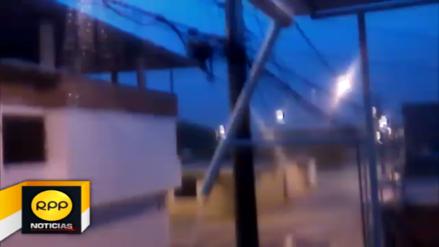 Torrencial lluvia con rayos sorprendió a la ciudad de Piura