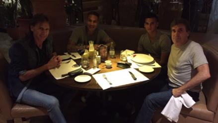 Ricardo Gareca se reunió con Paolo Guerrero, Trauco y Cueva en Brasil