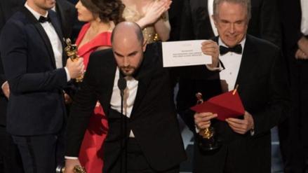 Los 'culpables' del error en los Oscar se disculpan y anuncian investigación