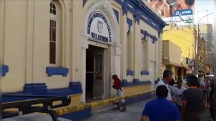 Chiclayo: techo de Velatorio de Beneficencia se desploma y deja 2 heridos