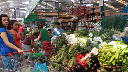 Lluvias golpean precios de frutas, hortalizas y verduras en febrero