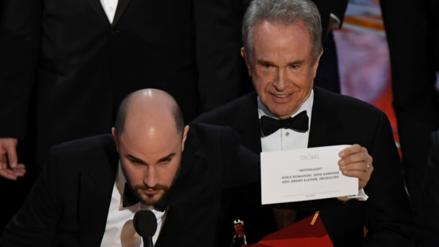 ¿Por qué se le entregó por error el Oscar a La La Land?