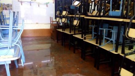 Clausuran colegio por deficientes condiciones de seguridad