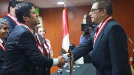 Adolfo Castillo juramentó al cargo como nuevo jefe de la ONPE