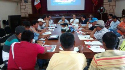 Analizarán depuración de más sindicatos de construcción civil en mesa de diálogo
