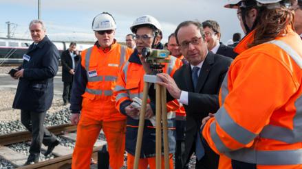 Dos heridos dejó un disparo accidental en un discurso de Hollande