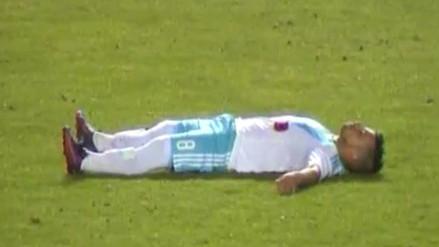 Gabriel Costa alarmó a todos al desplomarse en el campo de juego