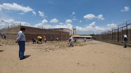 Chiclayo: internos realizan campaña de limpieza en penal tras lluvias