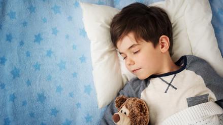 Un niño en edad escolar necesita diez horas de sueño